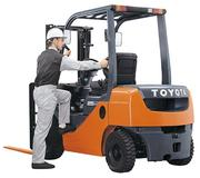 Погрузчик Toyota 8FG15L,  Грузоподъемность 1500 кг