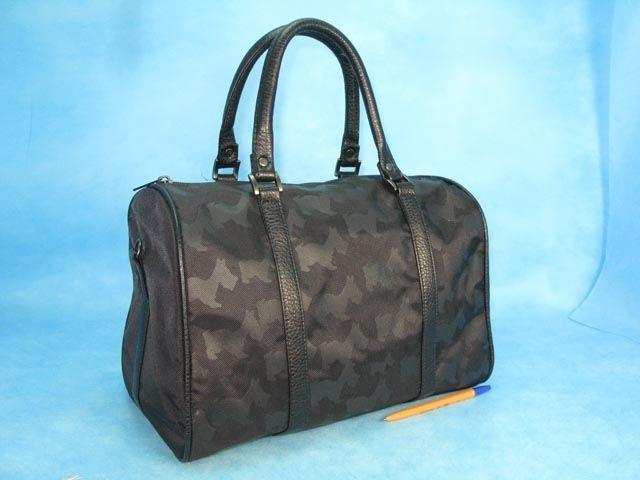 Молодежные сумки спб.  В интернет магазине брендовых сумок itBags можно...
