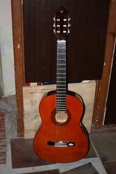 Классическая гитара Valencia
