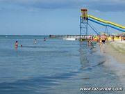 Не дорогой отдых в Лазурном  на море