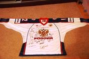 Футболка с автографам нашей сброной по хоккею 2012