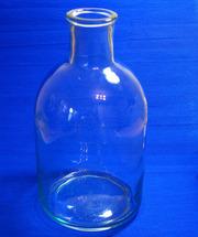 Продаются стеклянные бутыли-четверти.Объёмом 2, 5 литра.Предметы быта