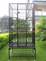 Большая удобная клетка для животных и птиц