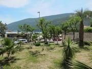 Новые квартиры от застройщика в 100 метрах от пляжа в Игало,  Бока Кото