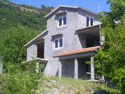 Недостроенный дом в Беговичи,  на Луштице,  Бока Которская.