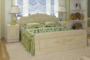 Новая кровать очень красивого цвета слоновой кости с перламутром