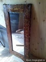 Зеркало в старинном переплете из дерева