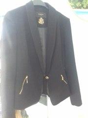 Пиджак женский черного цвета
