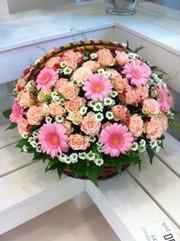 Розы и оригинальные букеты с бесплатной доставкой.