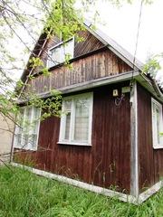 Зимний дом на участке 6 соток с колодцем и гаражом