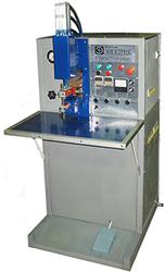 Малогабаритная машина МТК-2002ЭК для конденсаторной сварки