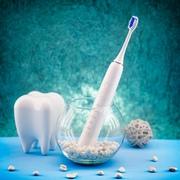 Новая звуковая щетка Revyline RL 015 для здоровья зубов